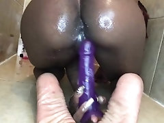 Creamy fat pussy leaking all...
