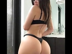 8 minutes of beautiful asses -...