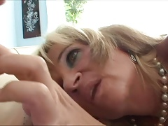 Taboo stepmom pussylicking and...