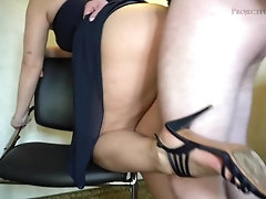 Bridesmaid gets her pussy licked...