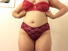 trying on my lingerie !